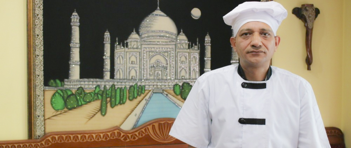 "Chef of the restaurant ""Taj Mahal"""
